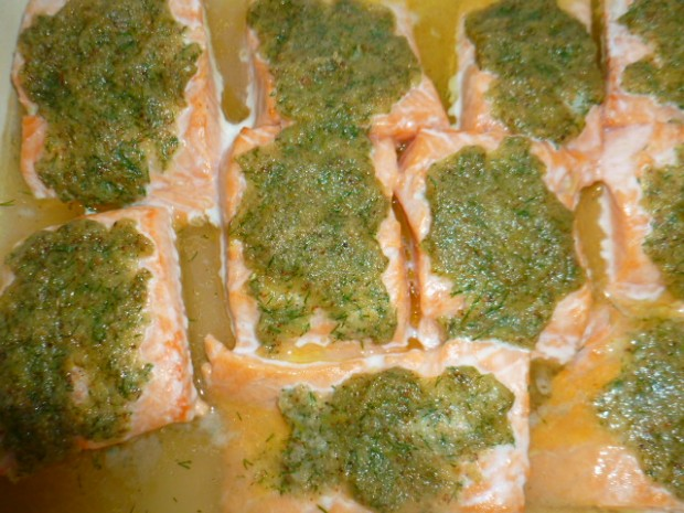 Salmon with dill mustard topping Ronit Penso