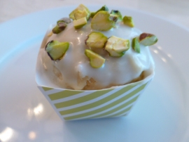 ½ cup chopped raw pistachios