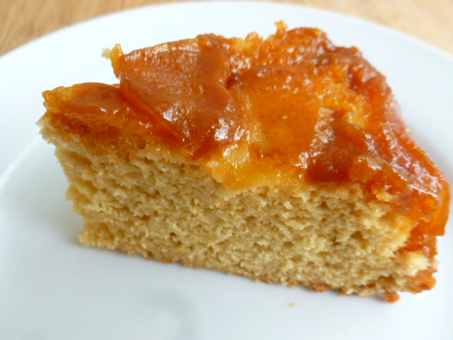 Caramel and Apple Upside-down Cake Ronit Penso